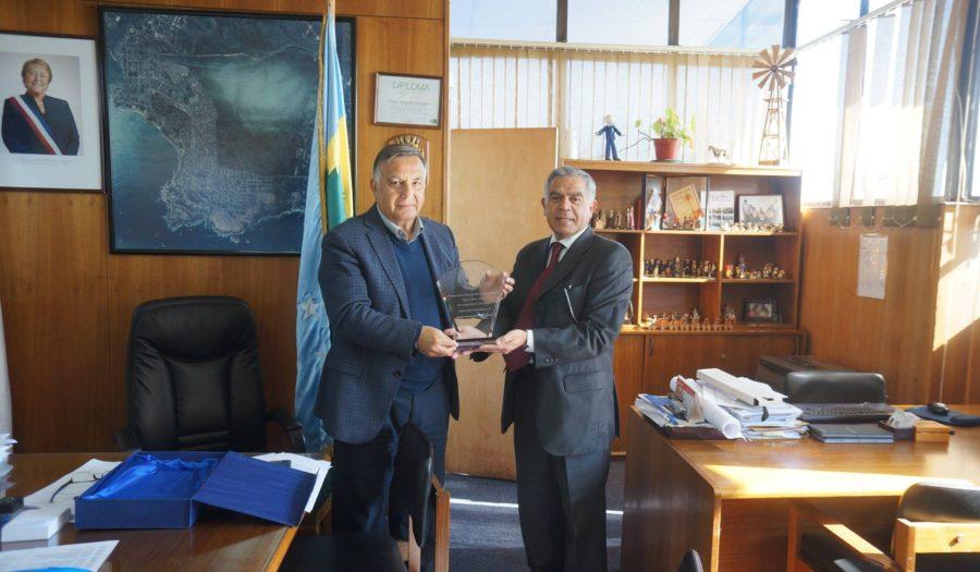 Reconocimiento a Alcalde de Concón